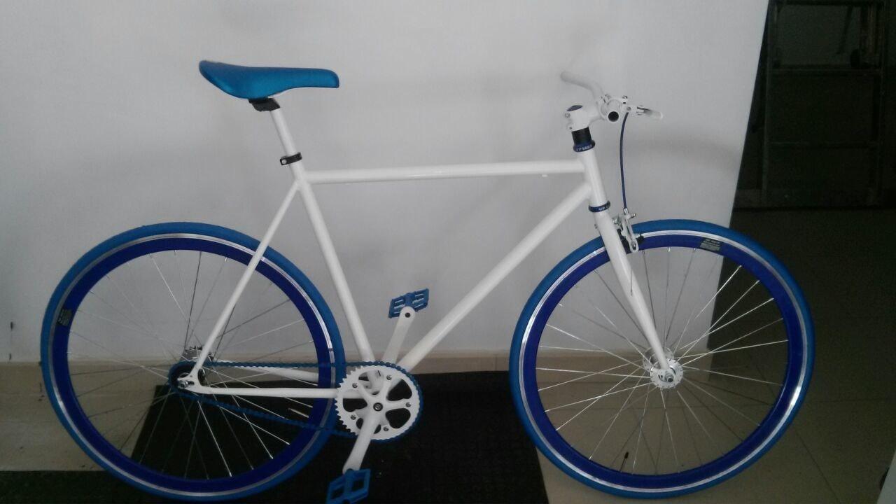 Bicicleta etdlb blanca azul el taller de la bici - La bici azul ...